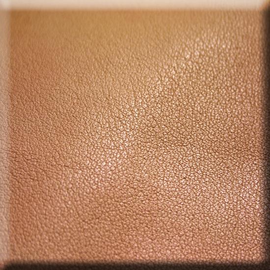 30f5d3a2bc1a7 Die offenen Hautporen ermöglichen eine hohe Atmungsaktivität. Das Leder  passt sich im Nu der Körpertemperatur an.