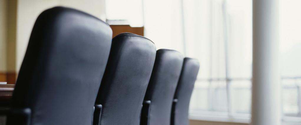 kunstleder pflegen und reinigen lck. Black Bedroom Furniture Sets. Home Design Ideas